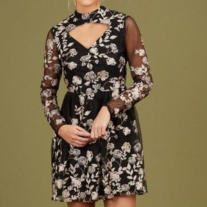 ⚡NWT⚡ Altar'd State Black Floral Embroidered Dress
